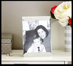 Mom_frame