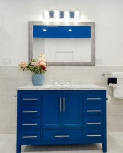 Feature_add_trendy_colors_to_home_northeast_ohio_interior_designer_suzanne_m_harvey_design